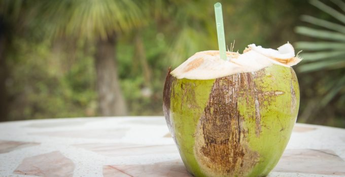 17 Benefits of Coconut Water You Should Know